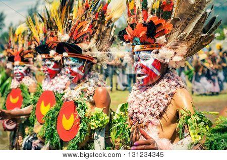 Beautiful Women In Papua New Guinea