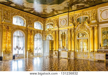TSARSKOYE SELO, RUSSIA - MARCH 12: Interior of Catherine Palace at March 12, 2016 in Tsarskoye Selo (Pushkin), Russia