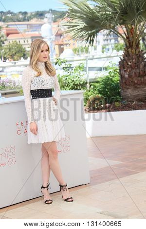 CANNES, FRANCE - MAY 21: Erin Moriarty attends the 'Blood Father' Photocall during the 69th annual Cannes Film Festival at Palais des Festivals on May 21, 2016 in Cannes, France