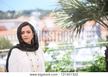 CANNES, FRANCE - MAY 21:  Taraneh Alidoosti attends 'The Salesman (Forushande)' Photocall during the 69th annual Cannes Festival at the Palais des Festivals on May 21, 2016 in Cannes, France.