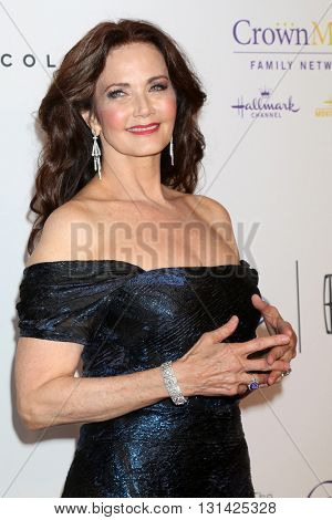 LOS ANGELES - MAY 24:  Lynda Carter at the 41st Annual Gracie Awards Gala at Beverly Wilshire Hotel on May 24, 2016 in Beverly Hills, CA