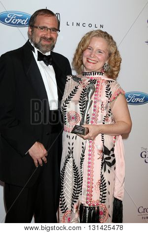 LOS ANGELES - MAY 24:  Grant Godfrey, MarySue Twohy at the 41st Annual Gracie Awards Gala at Beverly Wilshire Hotel on May 24, 2016 in Beverly Hills, CA
