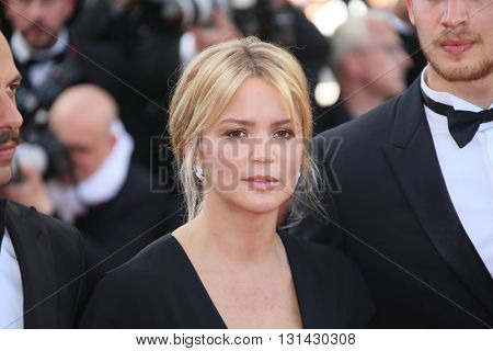 CANNES, FRANCE - MAY 21:  Virginie Efira attends the 'Elle' Premiere during the 69th annual Cannes Film Festival at the Palais des Festivals on May 21, 2016 in Cannes, France.