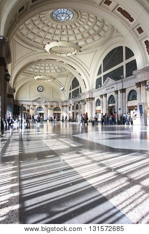 BARCELONA, SPAIN - JUNE 27, 2010: Travelers in the hall of the French railway station