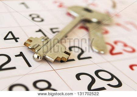 The keys to the apartment  and calendar
