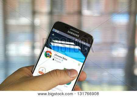 MONTREAL CANADA - MAY 23 2016 : Google Chrome beta application on Samsung S7 screen. Google Chrome is a freeware web browser developed by Google.