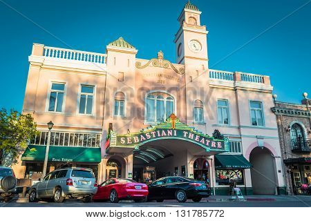 Calistoga, Ca, Eua - March 25 2016: Sebastiani Theatre, Building On The Streets Of Historic Calistog