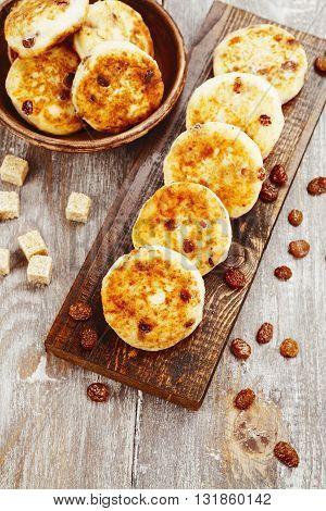 Cottage Pancakes With Raisins