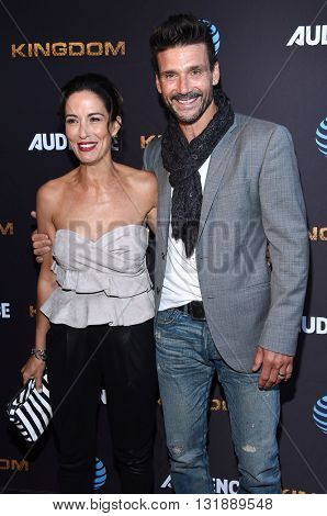 LOS ANGELES - MAY 25:  Frank Grillo & Wendy Moniz arrives to the
