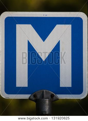 a traffic sign indicating a meeting spot