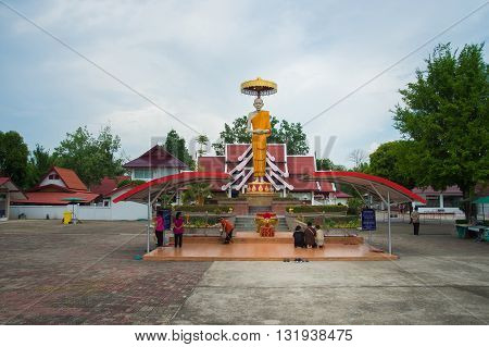 LAMPANG THAILAND - MAY 292016 : StatueStatue of monk-Luang PHO Kasem Khem is thera find Buddhist in Thailand Lampang and people respect him as one of the nation's venerable person David image paradise Thailand.