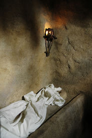 picture of empty tomb  - the empty tomb  - JPG