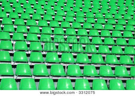 grüne Plätze in eine Sportstätte