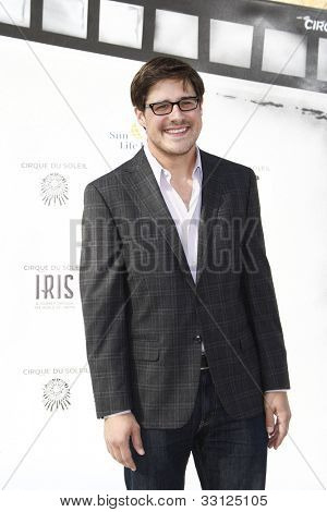 LOS ANGELES - SEPT 25: Rich Sommer at the IRIS, A Journey Through the World of Cinema by Cirque du Soleil premiere at the Kodak Theater on September 25, 2011  in Los Angeles, California