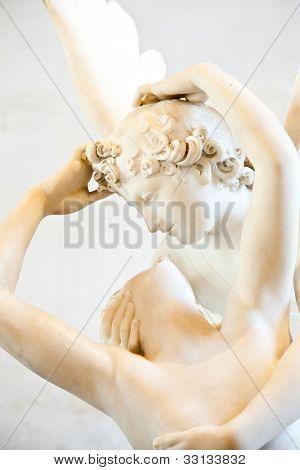 Psyche von Cupid Kiss wiederbelebt