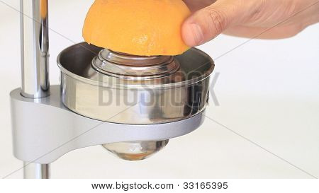 Squeezing orange juice