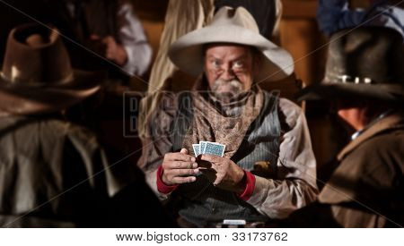 Bluffing Card Player