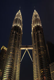 pic of petronas twin towers  - Petronas Twin Towers at night on March 19 2012 in Kuala Lumpur - JPG