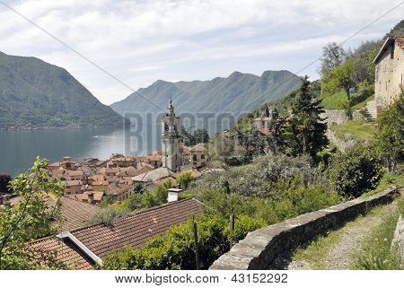 Path above Lake Como