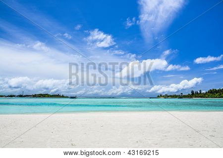 Islands in the lagoon under a cloudy sky