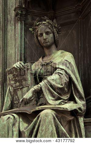 Estátua de Corpus Juris