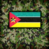 picture of ami  - Amy camouflage uniform with flag on it Mozambique - JPG
