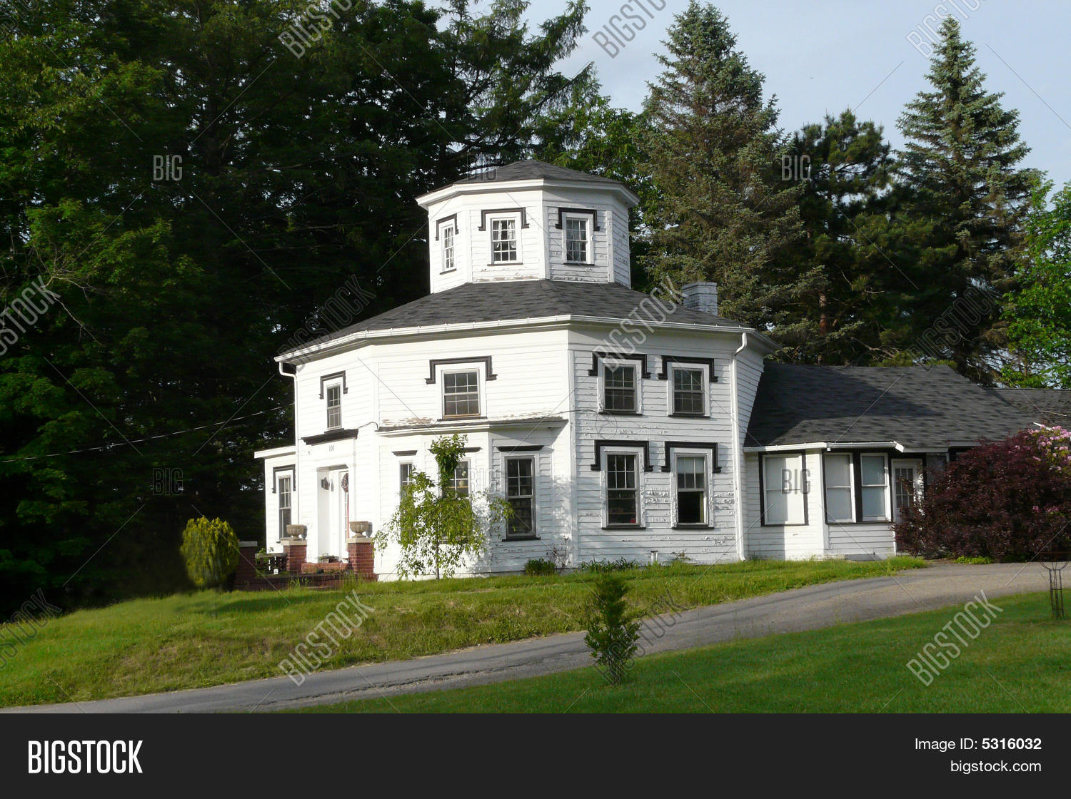 Eight sided octagon house building stock photo stock for How to build an octagon house