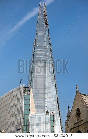 London Is Growing Up, The Shard Building