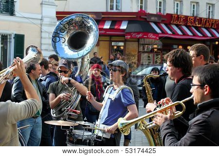Pars, France - Oct. 13: Group Of Young Musicians As Seen On Montmartre In Paris On October 13, 2013