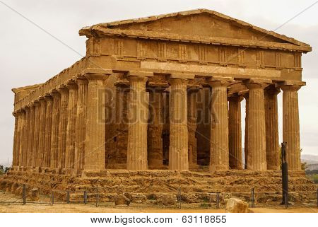 The Ruins Of Temple Of Concordia, Valey Of Temples, Agrigento, Sicily, Italy