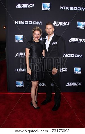 LOS ANGELES - OCT 1:  Michelle Armstrong, Matt Lauria at the