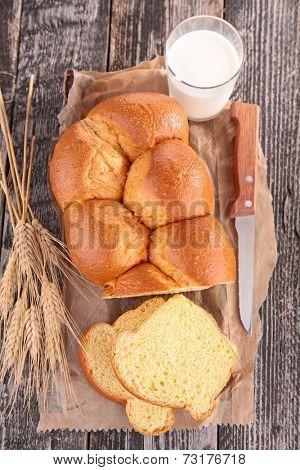 bread, brioche