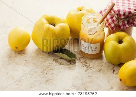 Delicious quince and lemon marmalade, homemade