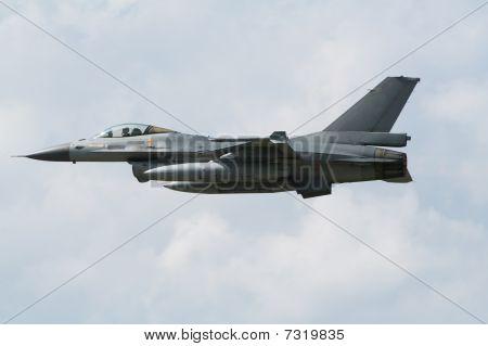 F-16 jetplane