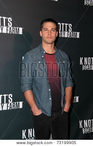 LOS ANGELES - OCT 3:  Dean Geyer at the Knott's Scary Farm Celebrity VIP Opening  at Knott's Berry Farm on October 3, 2014 in Buena Park, CA