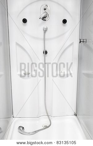 Image of the shower cubicle