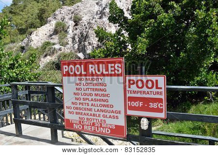 Outdoor hot pool sign