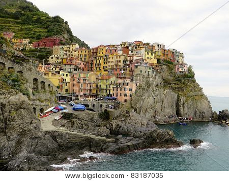 Cliffside town of Manarola, Italy
