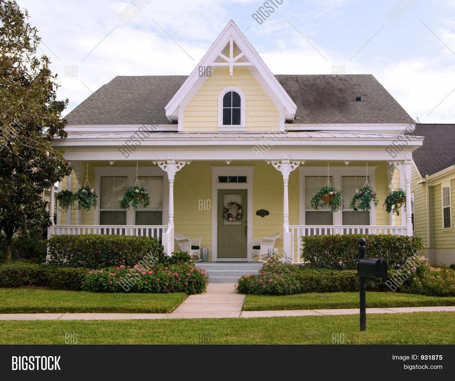 Victorian cottage image photo bigstock - Cottage image ...