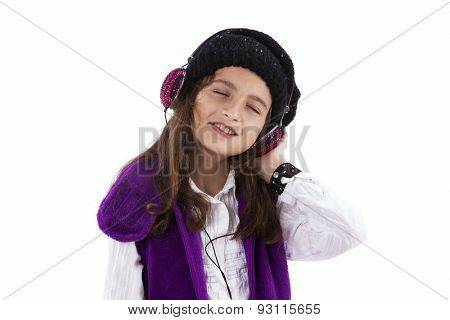 Little girl listen to music