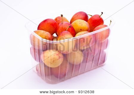 Plums in a punnet