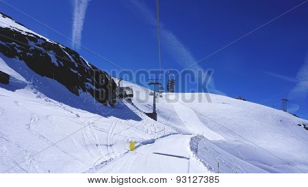 Suspended Ski Cable Car Track