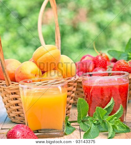 Strawberry smoothie and apricot juice