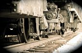 pic of train-wheel  - The old train wheels movement - JPG