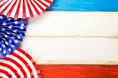 picture of wood craft  - White blue and red decorations to celebrate July 4th - JPG