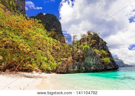 Tropical islands - unique nature and beaches of Philippines, El nido