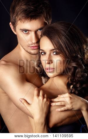 Sexy Beauty Couple.kissing Couple Portrait.sensual Brunette Woman In Underwear With Young Lover, Pas