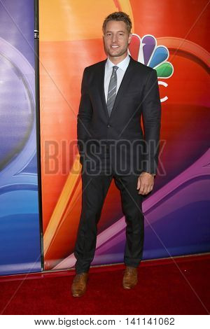 LOS ANGELES - AUG 2:  Justin Hartley at the NBCUniversal TCA Summer 2016 Press Tour at the Beverly Hilton Hotel on August 2, 2016 in Beverly Hills, CA