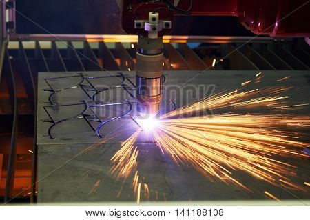 laser or plasma cutting metalworking with sparks