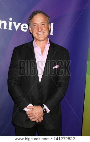LOS ANGELES - AUG 3:  Dr Terry Dubrow at the NBCUniversal Cable TCA Summer 2016 Press Tour at the Beverly Hilton Hotel on August 3, 2016 in Beverly Hills, CA